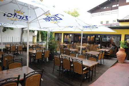 Gastgarten Zum Griechen